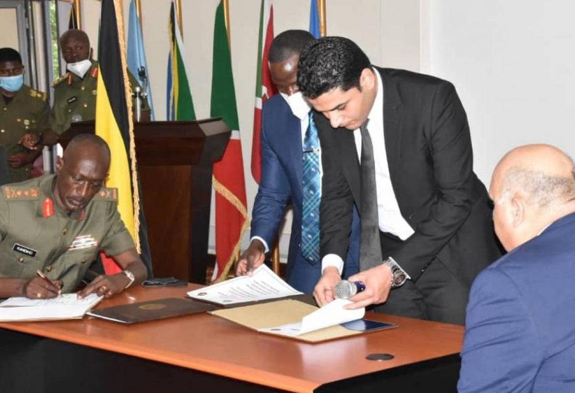 Ugandan military intelligence chief Abel Kandiho and his Egyptian counterpart at the signing of the protocol in Kampala, April 7, 2021